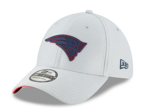 New England Patriots NFL18 Gray Training Camp Gray 39THIRTY Flex Fit Hat By New Era