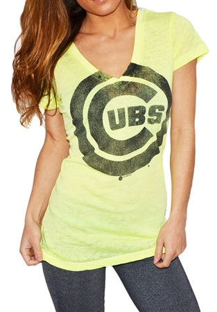 Women's Chicago Cubs Look At Me! Tee