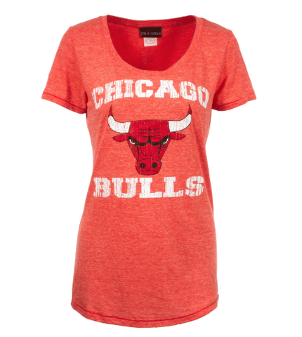 Womens Chicago Bulls Distressed Logo Tee