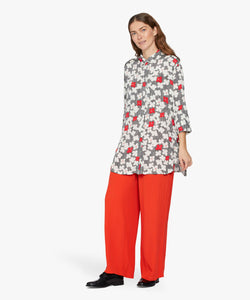 Indrassi 3/4 sleeve Shirt in Valient Poppy Shirt Masai