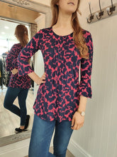 Load image into Gallery viewer, Lucy Floral Print Tunic Top Adini