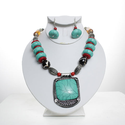Tribal Turquoise Beaded Necklace Set