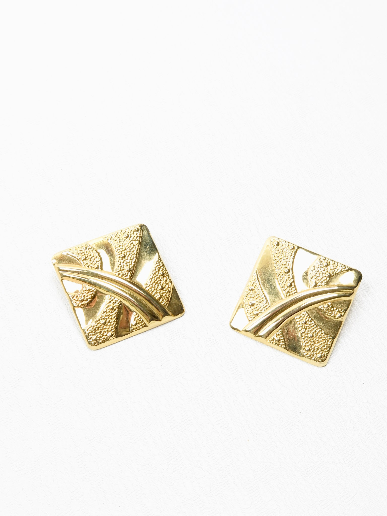 Gold Coloured Square 1980s  Clip On Earrings