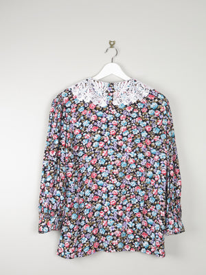 Floral Blouse With Lace Collar L