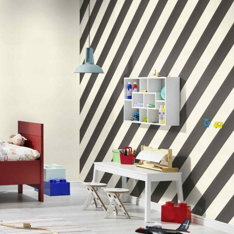 Claas Horizonal Stripe Black | Rasch Wallpaper | 531626