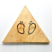 Load image into Gallery viewer, Medium Silver Rope Stud Earrings By Gemma Scully