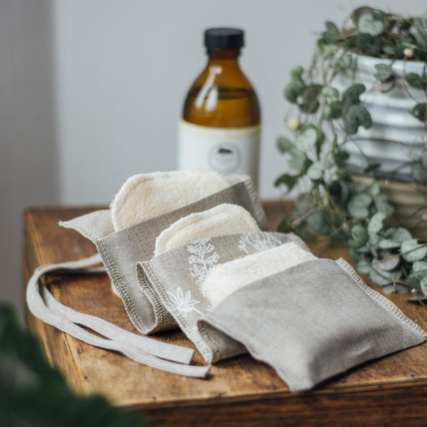 Reusable Eco friendly products for the home Reusable Bamboo Face Wipes in handy pouch
