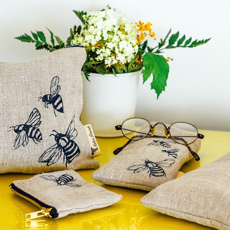 fabric bee glasses case in natural linen bee design