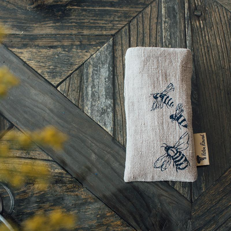 natural linen fabric bee glasses case with bees