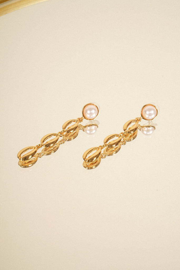 Such A Bombshell Drop Earrings