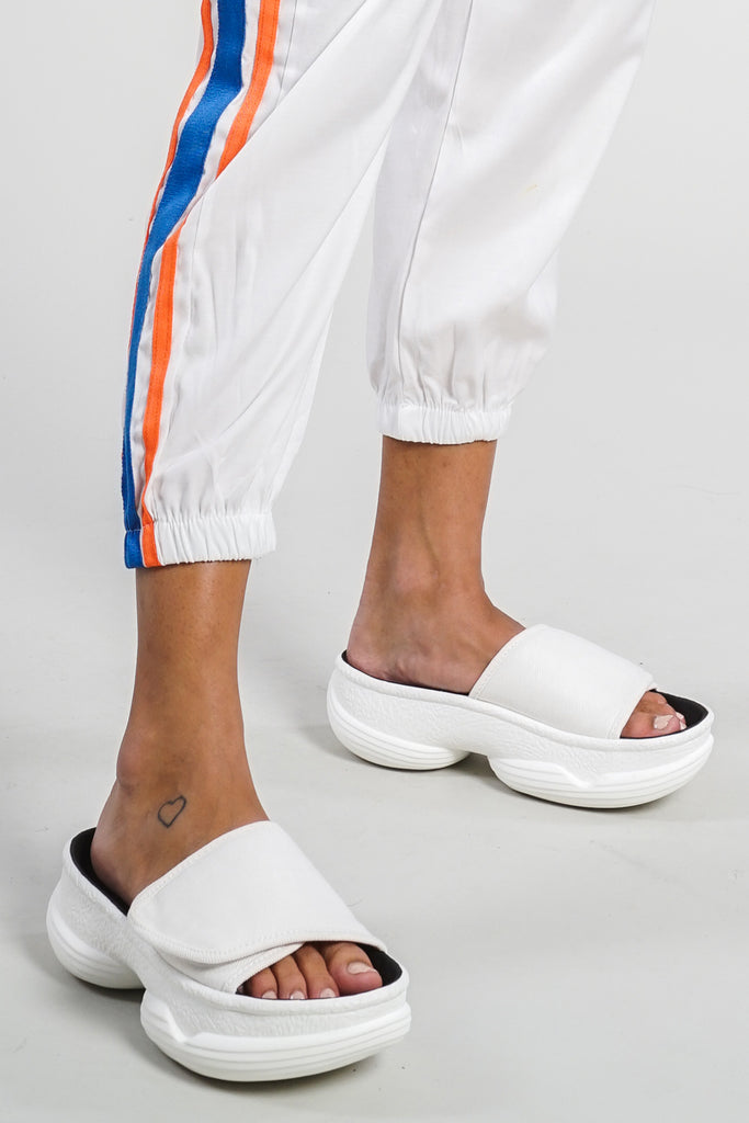 Looper Chunky Velcro Slides - White