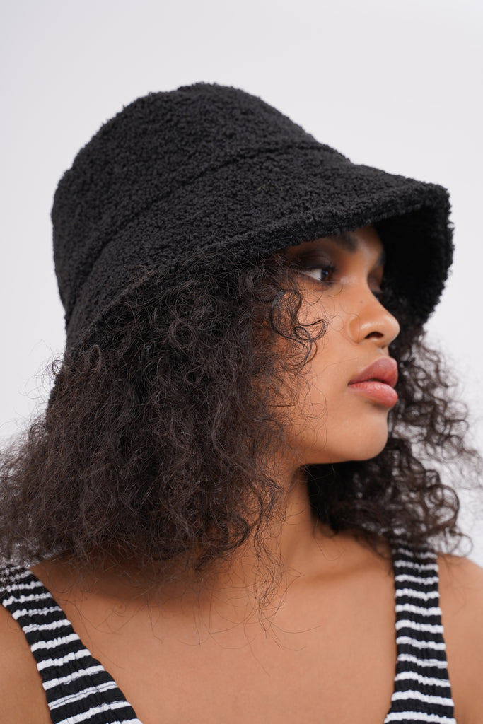 Heads Up Faux Shearling Bucket Hat - Black