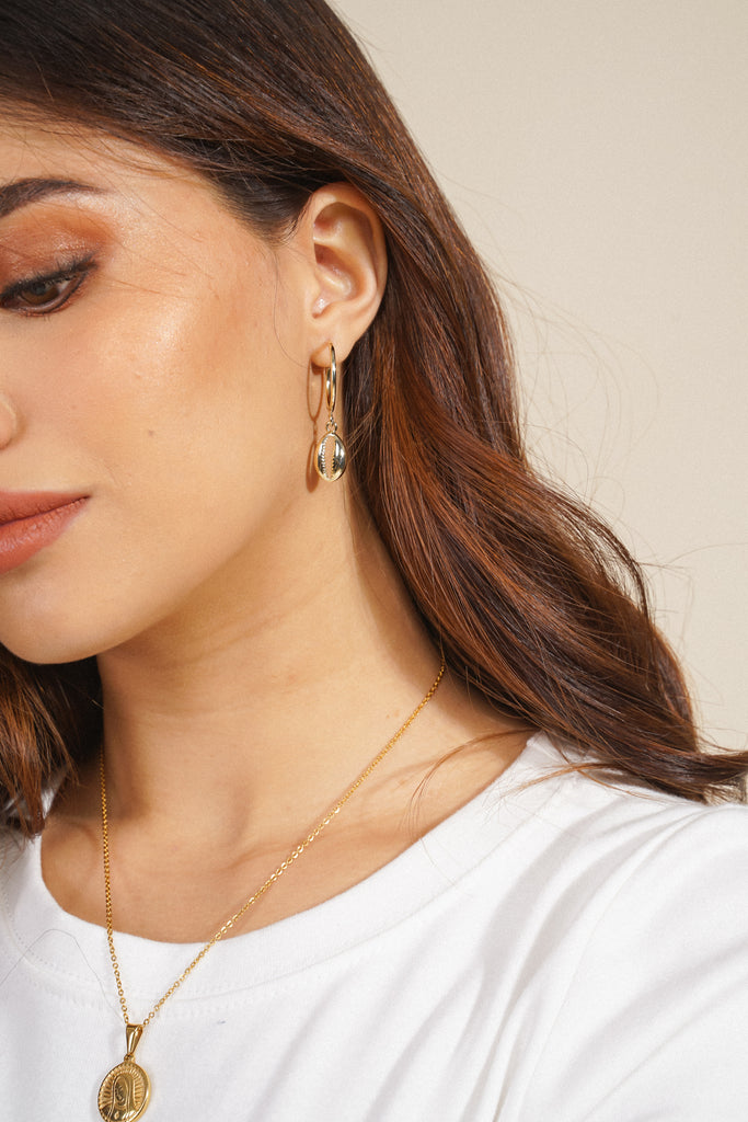 Out Of Your Shell Hoop Earrings - Gold