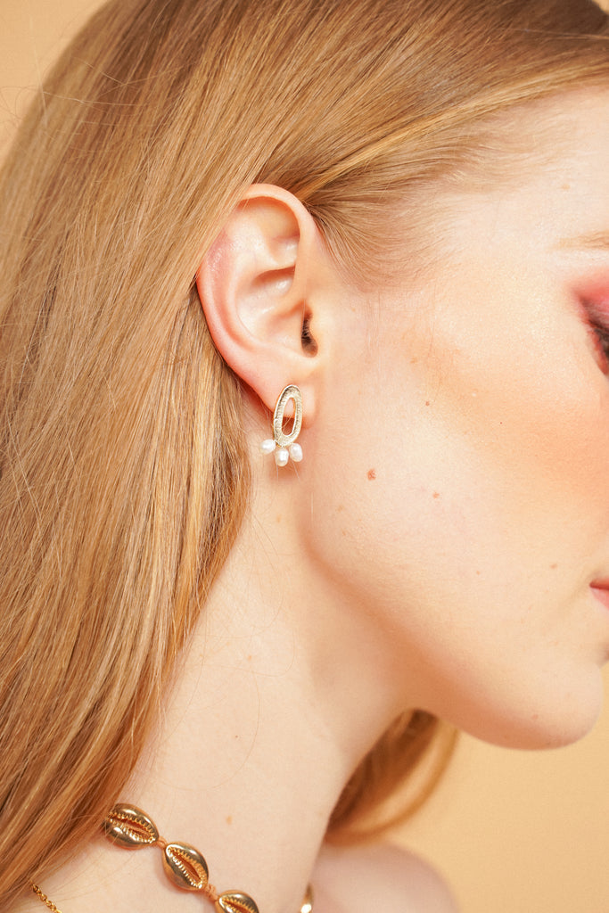High Class Pearl Earrings