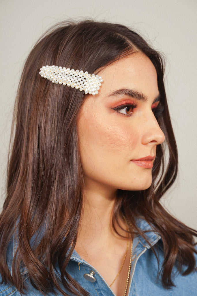 Pearls Please Snap Hair Clip