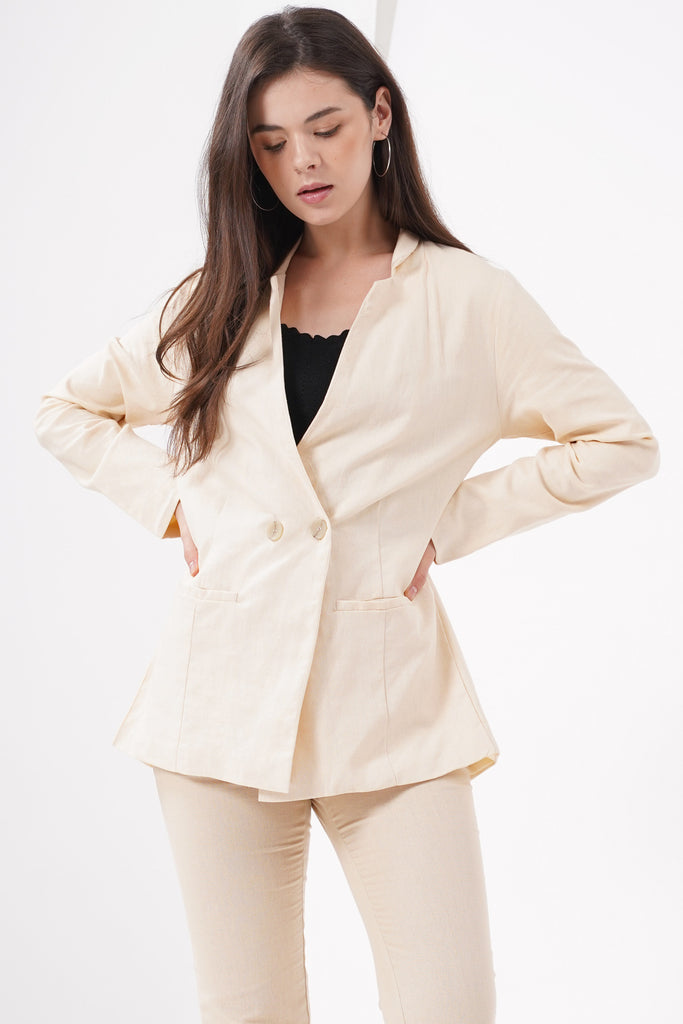 Rest My Case Linen Blazer - Ecru