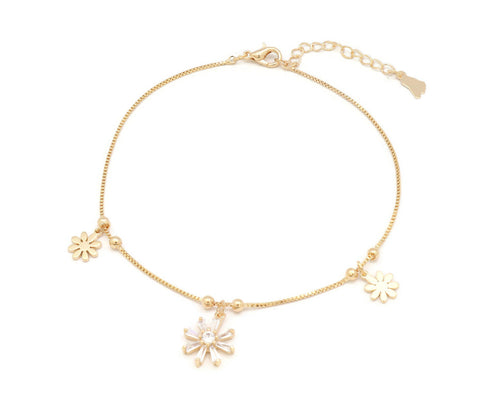 The Triple blooming flower studded with Zircon stones on anklet with an unique design with adjustable chain and lobster clasps.