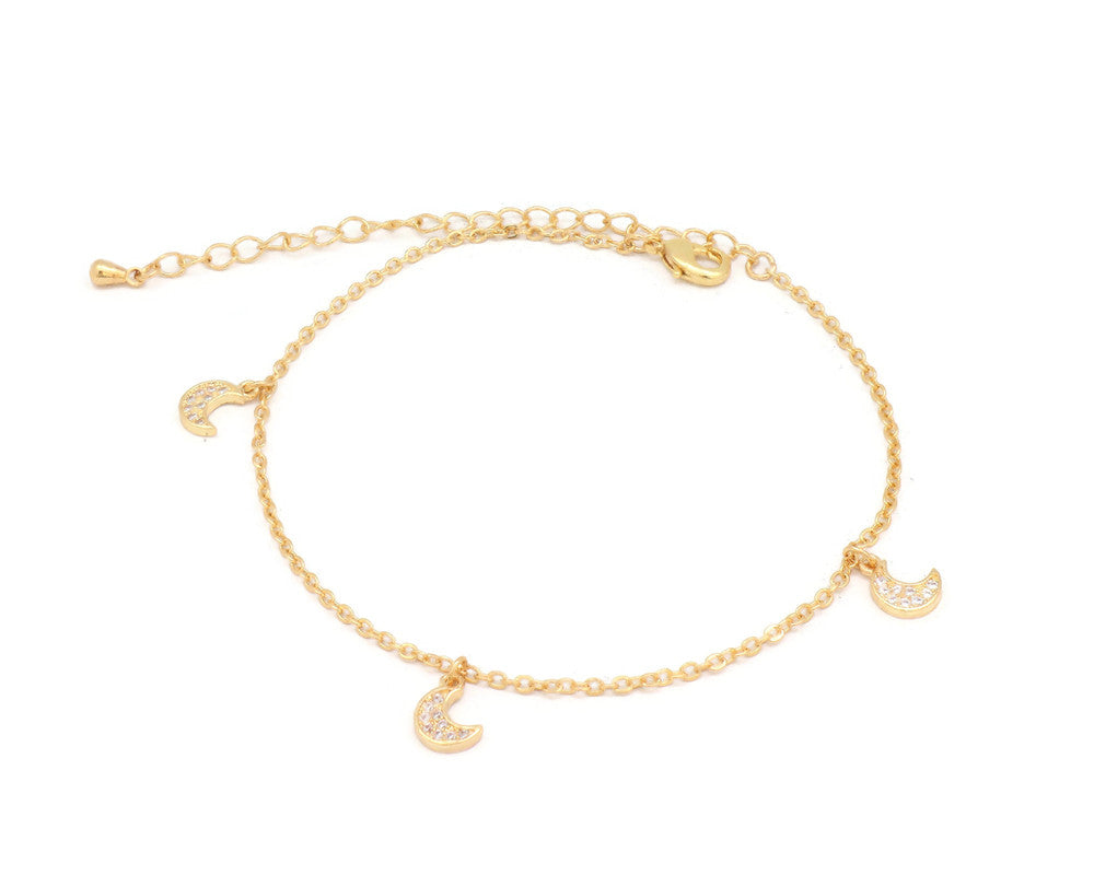 The Half moon anklet with double chain and an unique design with adjustable chain and lobster clasps.