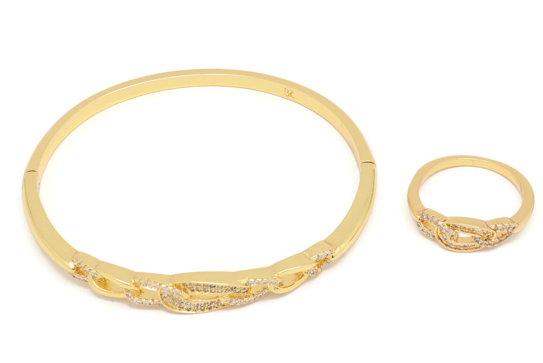 Latest Fashion 18kt Women's bracelet + ring set