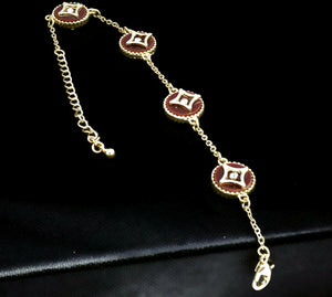 Women's Spherical design bracelet with gold plating and lobster clasp