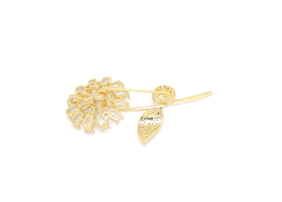 Pearl Crystal Flower Brooch Pin, White, Gold Plating
