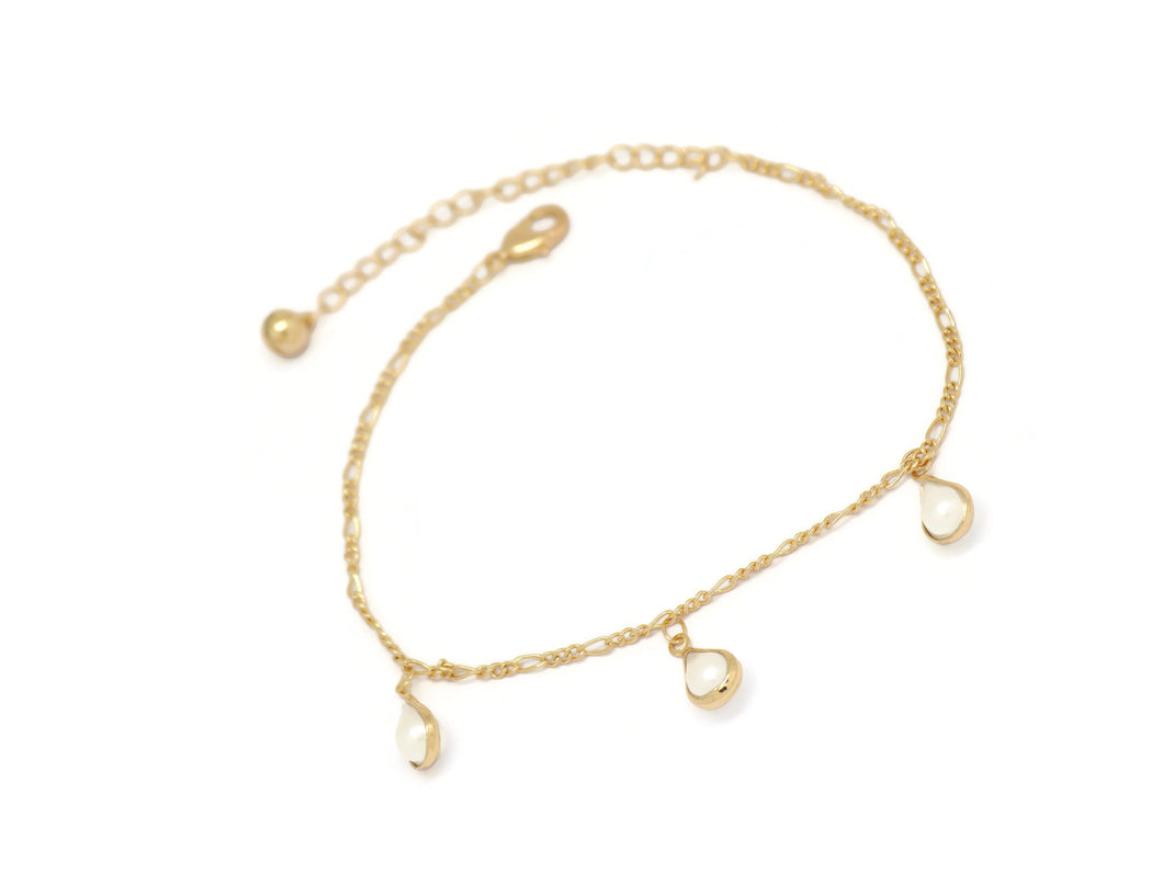 Teardrop Opal Figaro Chain Anklet, White, Gold Plating