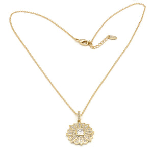 18K Unique Flower Design Pendant Necklace