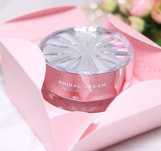 MISSHA TIME REVOLUTION BRIDAL CREAM (BLOOMING TONE UP)