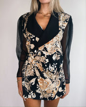 Load image into Gallery viewer, Silk Rayon Foliage black Print Blazer