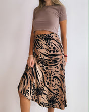 Load image into Gallery viewer, Tiger Print Wool Jersey  Flared Skirt
