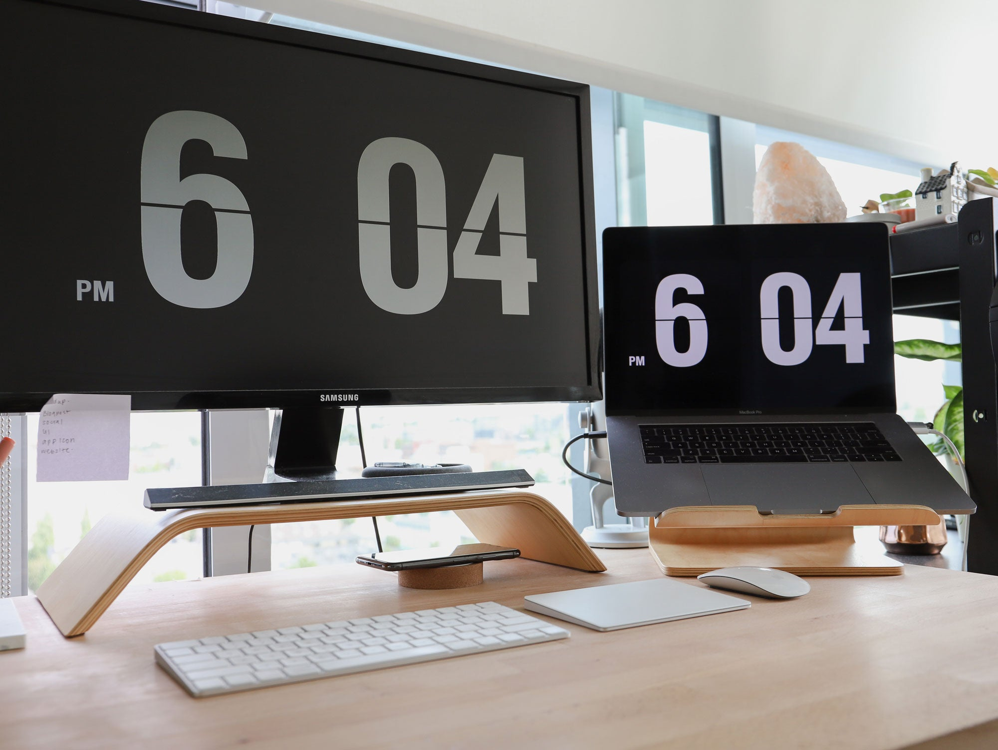 How to stay organized when working from home