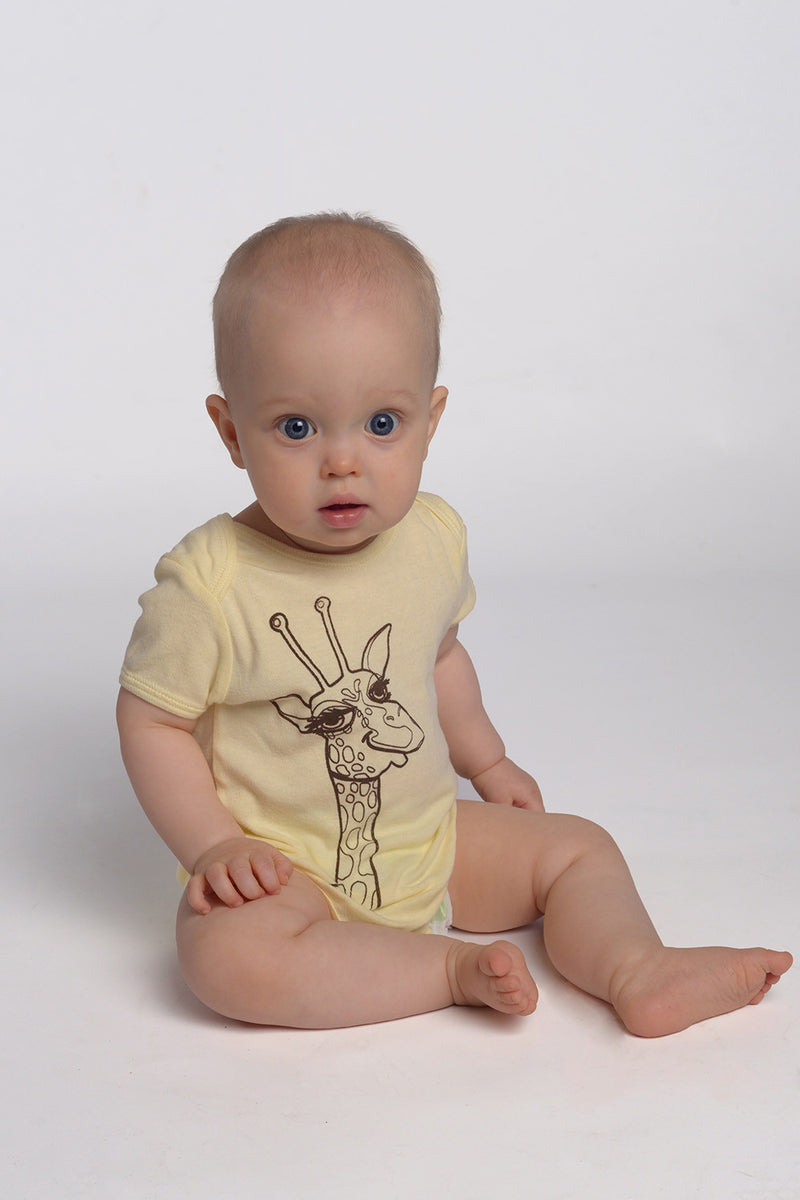 elliott the giraffe onesie in buttercup yellow