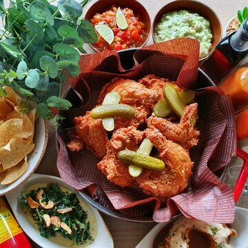 Oaxaca HOT Chicken Sharing Platter & Sides