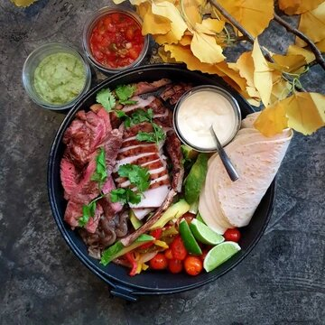 Farmhouse Pork & Steak Fajita Platter