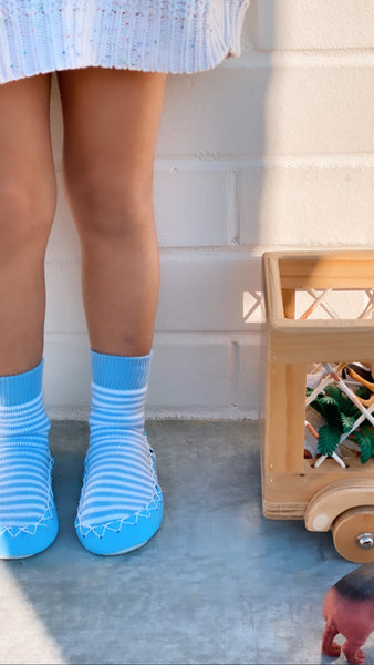 Non slip socks | MOKSOKS - a combination of grip socks & toddler slippers | Light blue & white stripes
