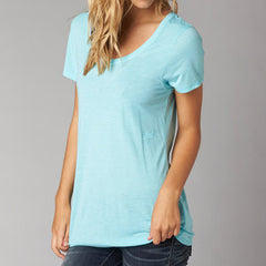 FOX MISS CLEAN SCOOP TEE ICE BLUE