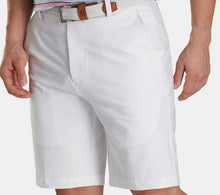 Load image into Gallery viewer, DESERT WILLOW FootJoy Men's Golf Short - White