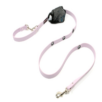 Smoochy Poochy Hands Free Leash 2