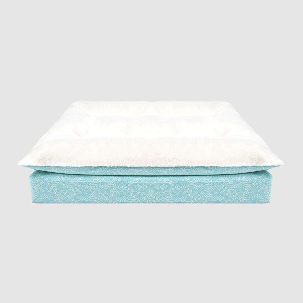 Canada Pooch - Pillow Topper Birch Bed NEW