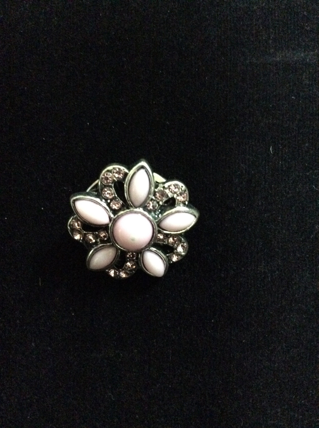 NPF - Snap - Sparkly Silver and White Flower