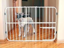"Carlson Pet Products - Tuffy Expandable Gate with Pet Door 26""- 42"""