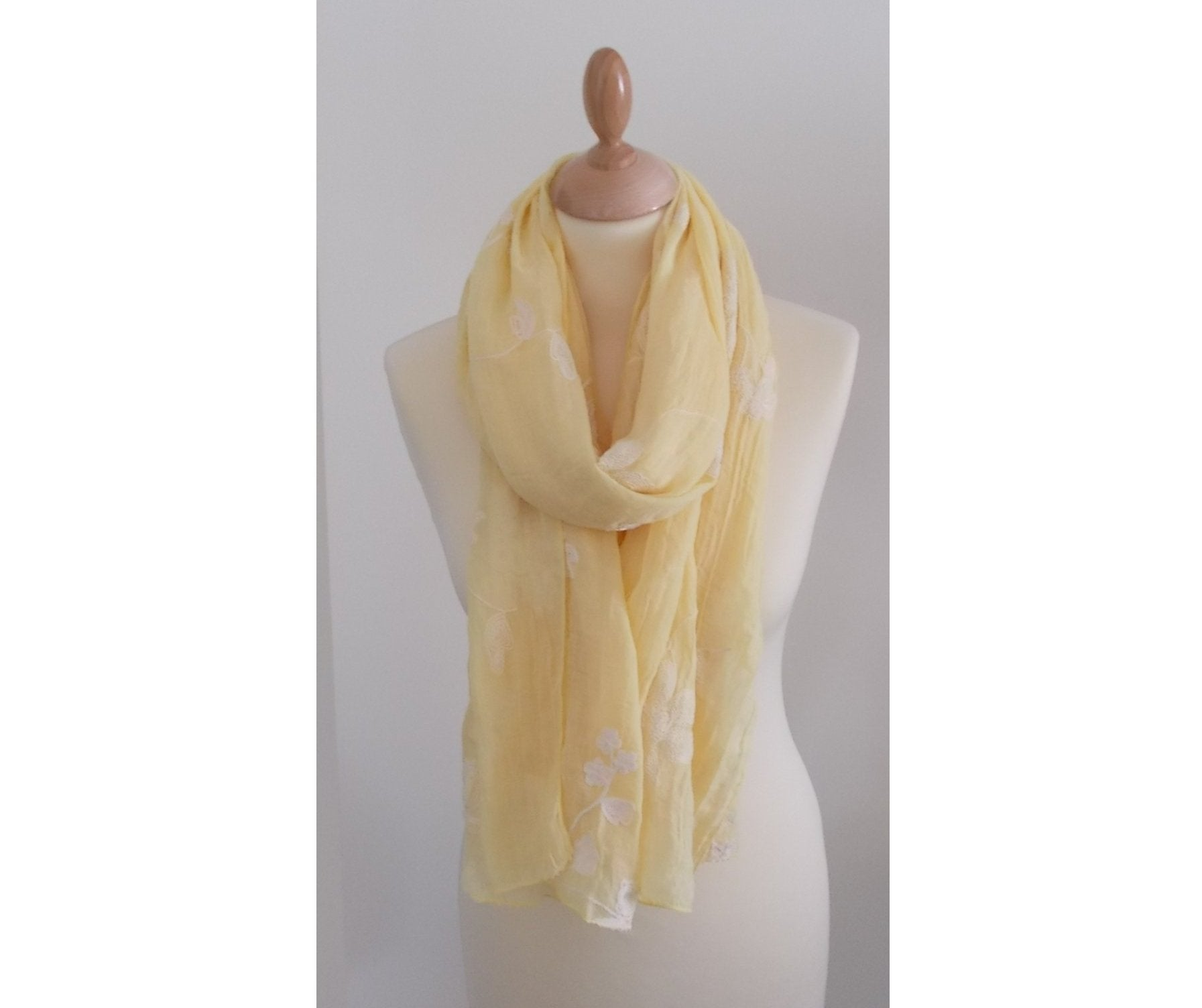 Yellow Lightweight Fashion Scarf Women for Spring and Summer
