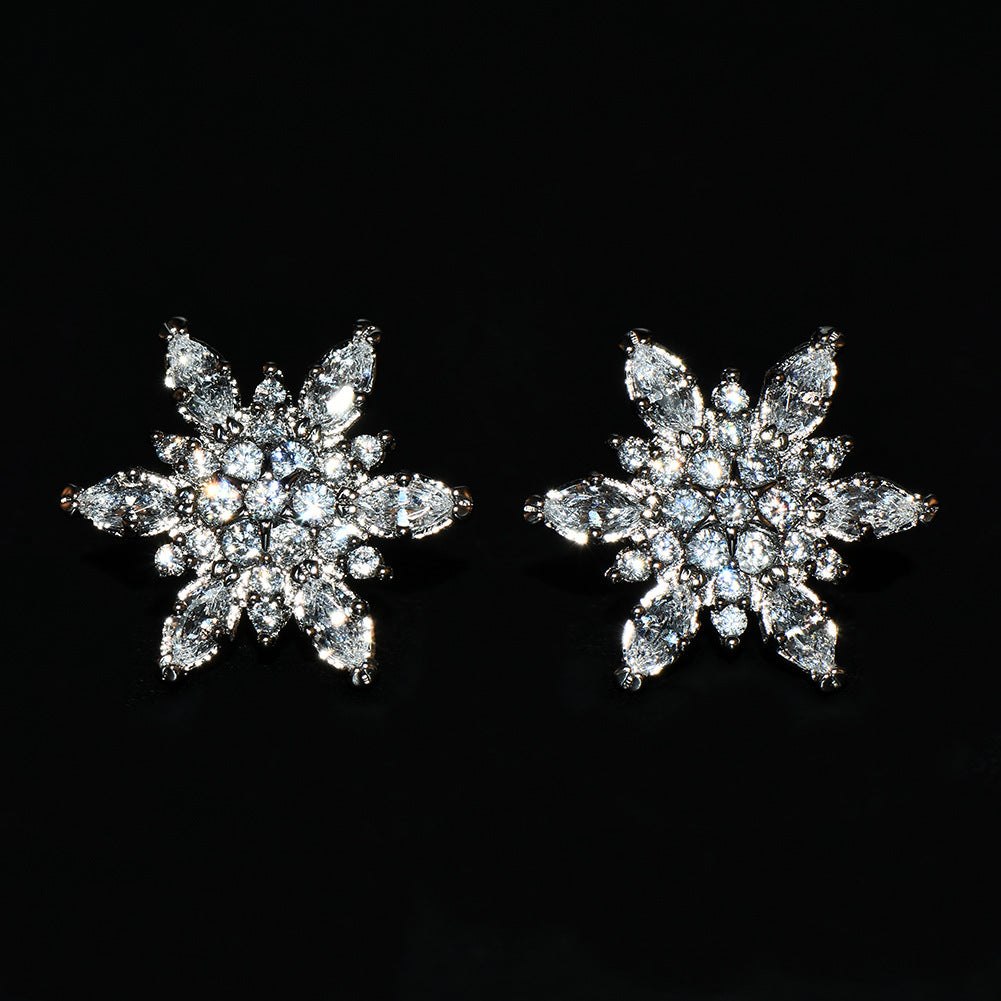 Creative Gold Plated Flower Charm Clip On Earrings Sparkling Rhinestone Crystal Snowflake Earrings
