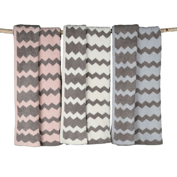 Barefoot Dreams Cozy Chic Chevron Blanket
