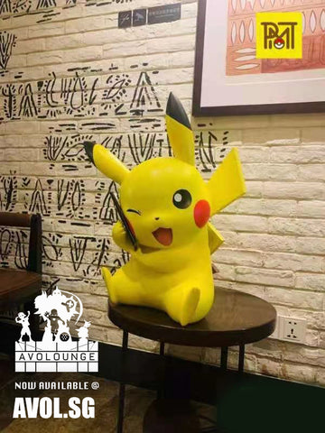 PMT Studio - Pikachu wireless phone charger [1/1 scale]