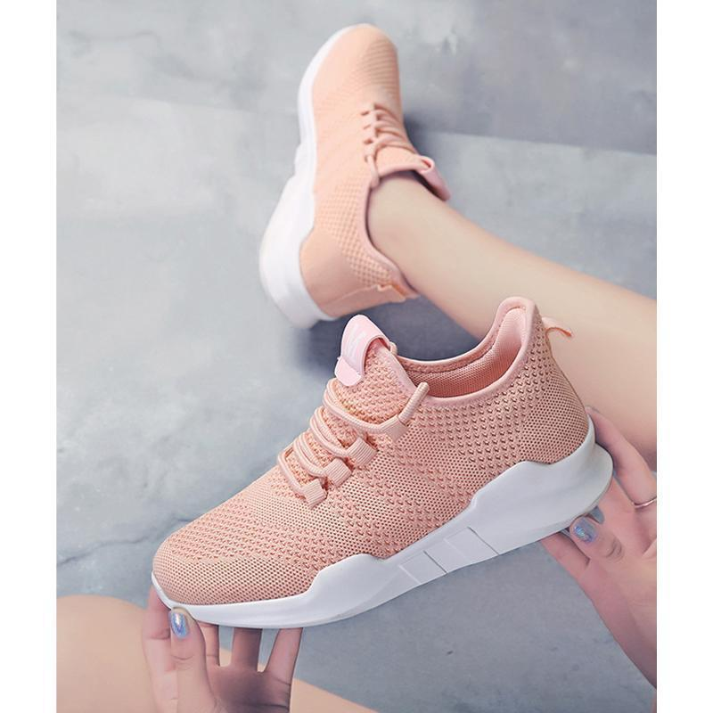 New fashion sports and leisure flying shoes for women