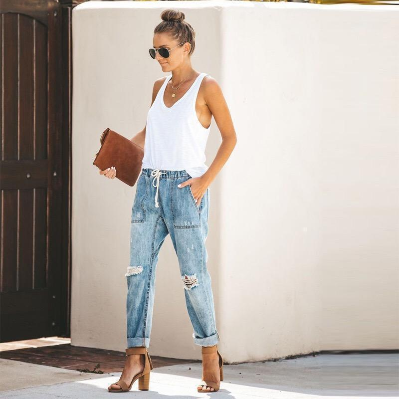 2019 Fashionable Lady Jeans