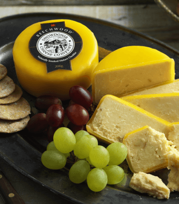 Snowdonia Beechwood 200g - Celebration Cheeses