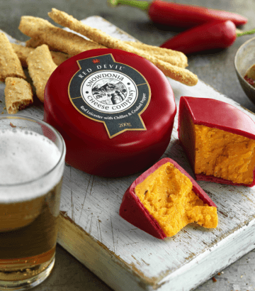 Snowdonia Red Devil 200g - Celebration Cheeses