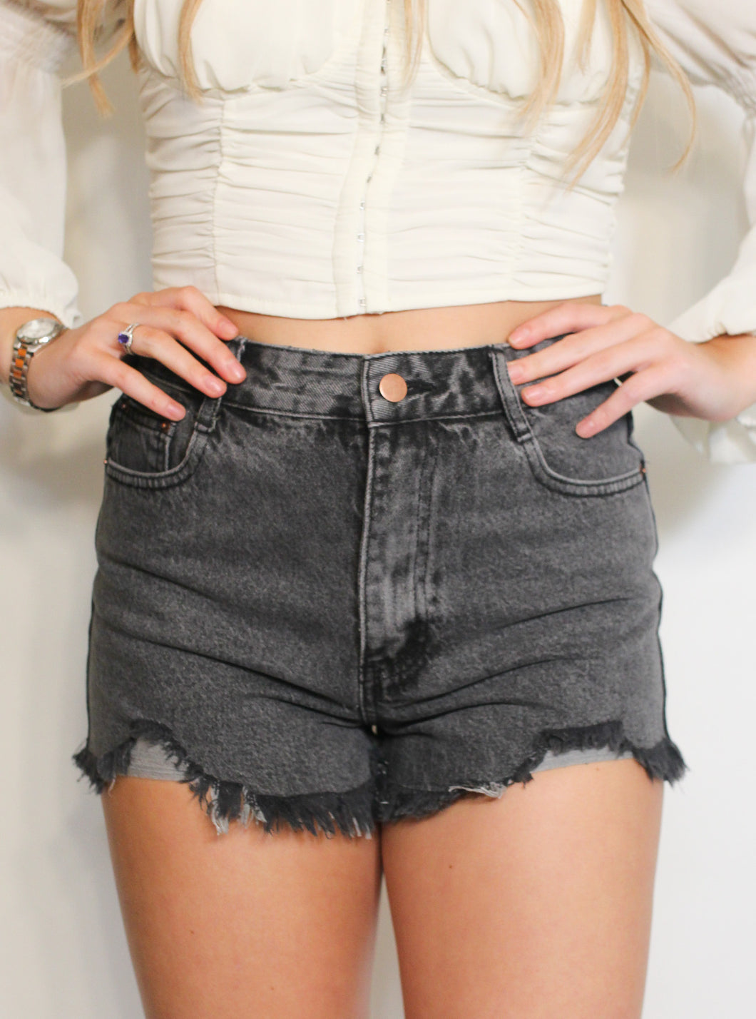 THE ALLIE SHORTS